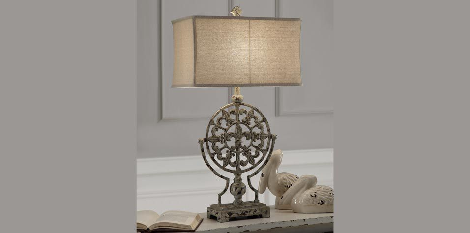 TABLE LAMP (1204)