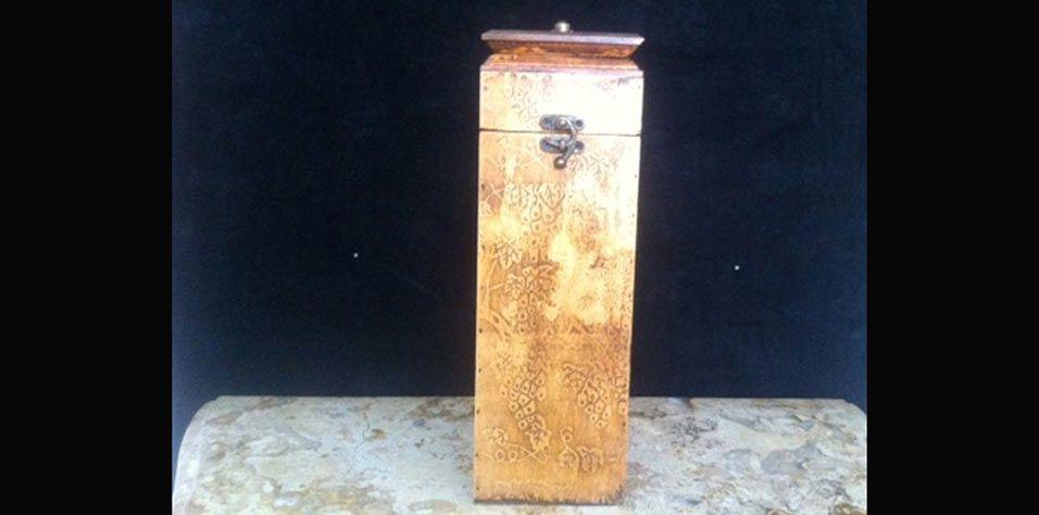 BOX FOR BOTTLE (0484)