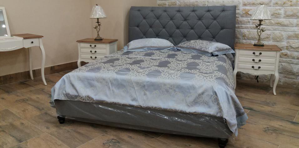 DOUBLE BED (K47G)
