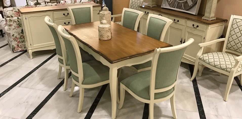 DINING TABLE (C11L)