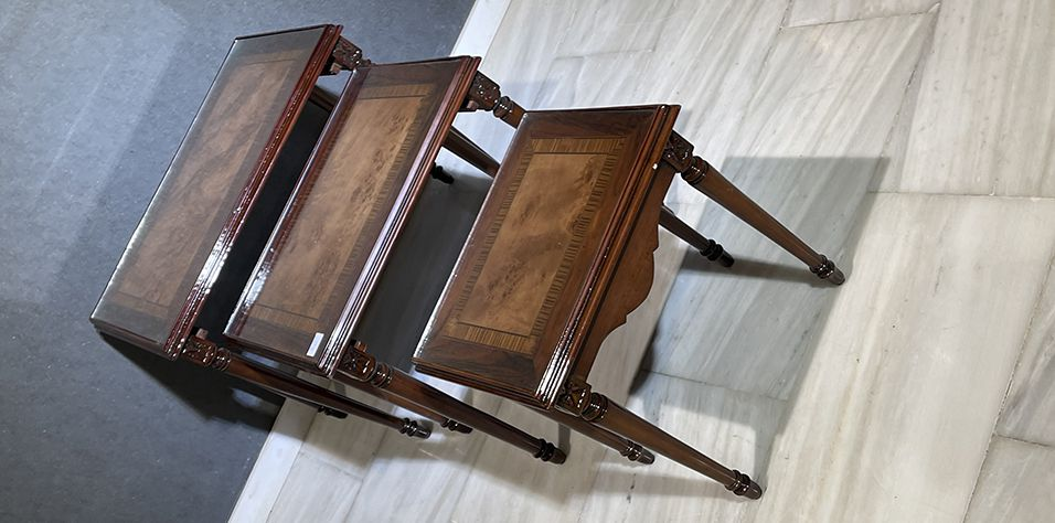 NEST TABLES (1062)